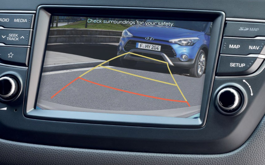 https://www.hyundaimotors.co.il/wp-content/uploads/2019/02/new-i20-inside-gallery-camera-desktop-1.jpg