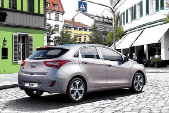 https://www.hyundaimotors.co.il/wp-content/uploads/2019/03/i30cw-gallery-pic2.jpg