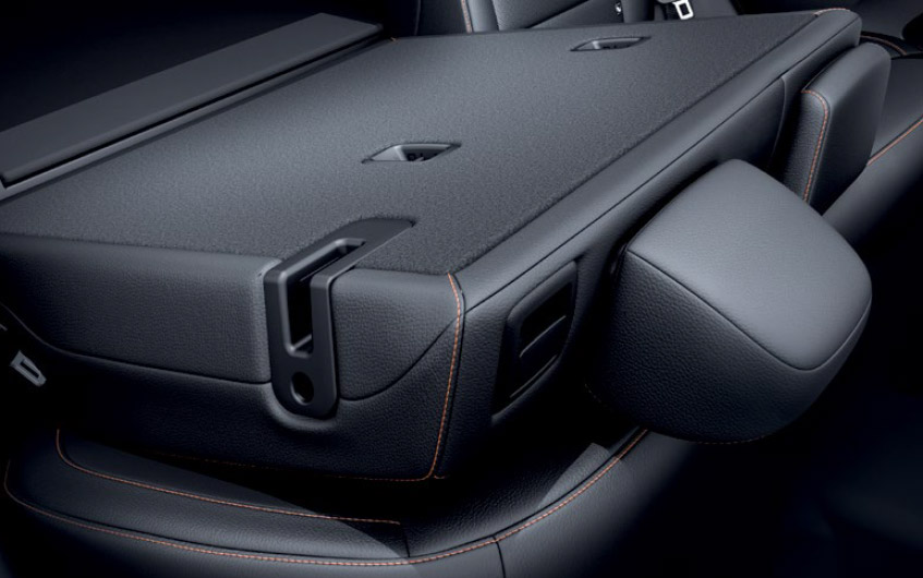 https://www.hyundaimotors.co.il/wp-content/uploads/2019/03/new-ioniqEV-inside-gallery-backSeats-pic-desktop-1.jpg
